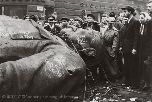 1956年,布达佩斯,斯大林的...